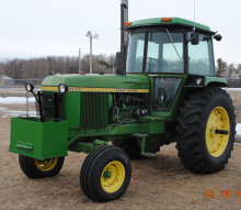 John Deere 4030, 5730+/- hours, Sound Guard cab