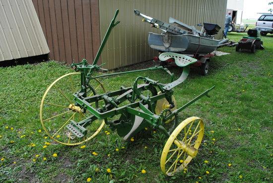 John Deere 268 sulky plow