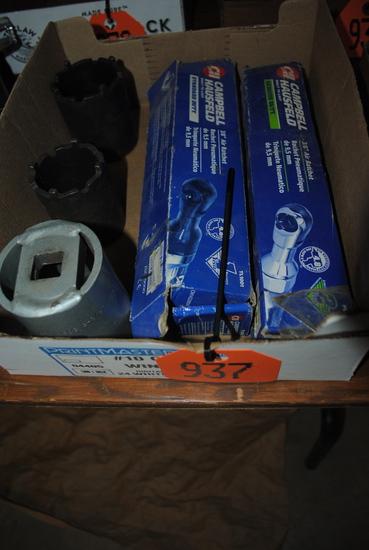 (2) Campbell Hausfeld 3/8 air ratchet, (2) large axle sockets & 3/4 2-3/8 axle nut socket