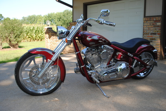 2004 Swift Custom Chopper Motorcycle with S&S motor, new tires, new seat, chromed out. Titled - Sale