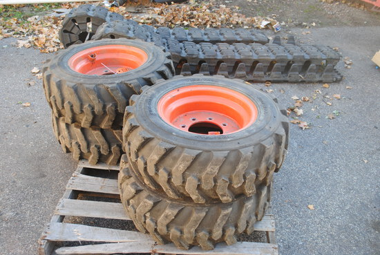 Over the Tire Rubber Tracks with tires and wheels and installation tools, fits S185, tires are 27-10
