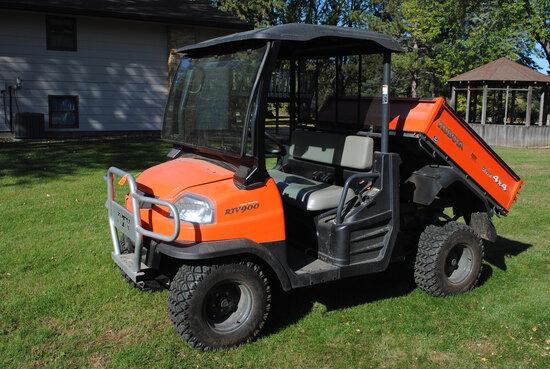 Kubota RTV900 Side-by-Side, 4x4, Diesel, Power Steering, Power Dump, Bed Liner, Windshield & Roof, B