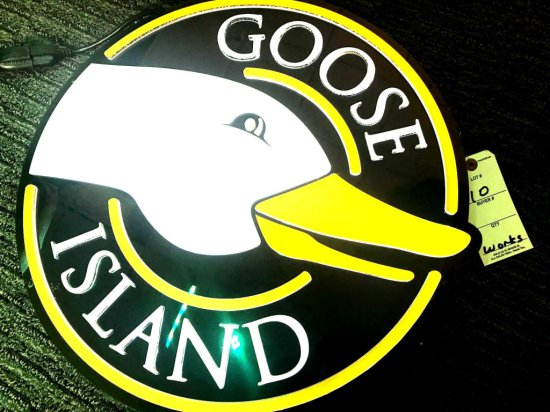 "Goose Island 18"" Lighted"