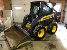 New Holland Skidloader