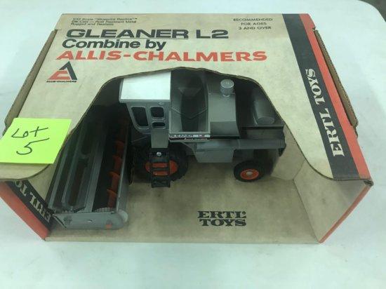 "Allis Chalmers Gleaner ""L2'"