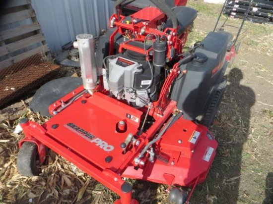 Snapper Pro (new Demo) Riding Mower