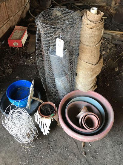 Plastic flower pots, chicken wire, and a roll of 3' burlap.