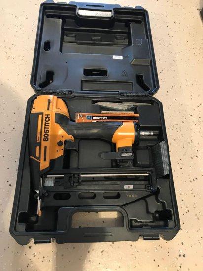 "Bostitch model BTFP71917 air nailer-1 1/4""- 2 1/2'' 16 gauge. Like new in box"