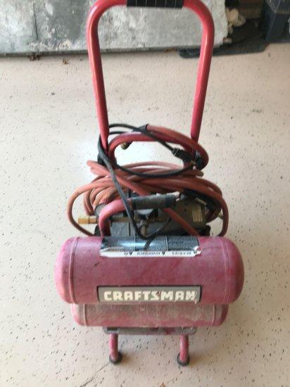 Craftsman dual tank 125 psi 1 hp-4 gallon air compressor