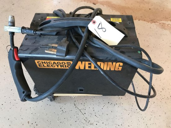 Chicago electric MIG 170 wire fed welder-220 power -like new