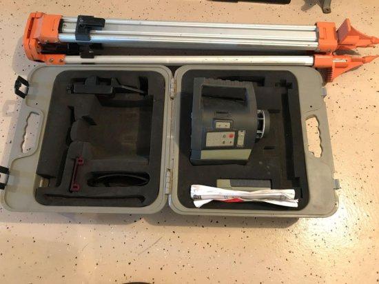 Porter Cable RoboToolz model RT-525-1, hybrid self-leveling, level and plumb rotational laser tool