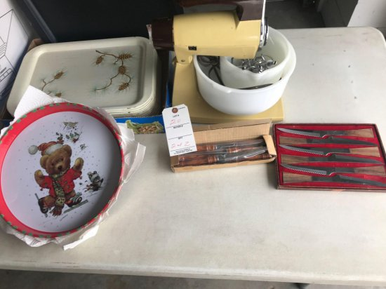 Sunbeam mixer w/ bowls and beaters, plus several serving trays - NO SHIPPING