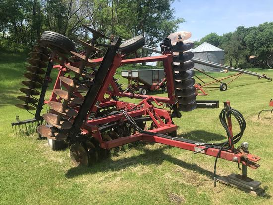 International Harvester 496 21' disk with 3 bar harrow