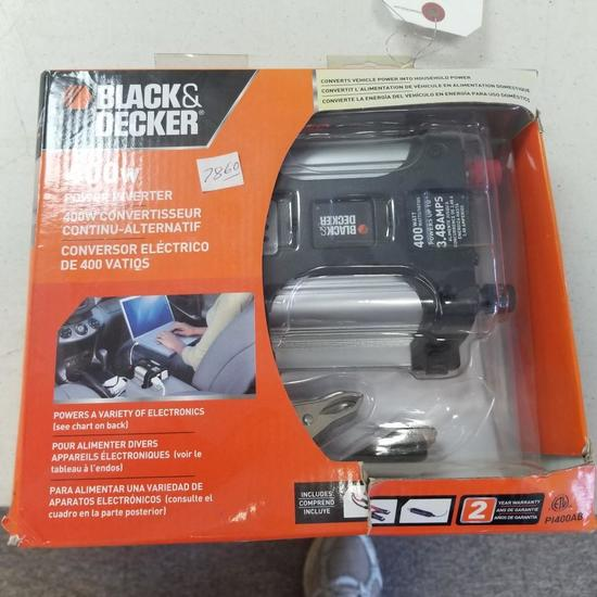 BLACK & DECKER 400w POWER INVERTER