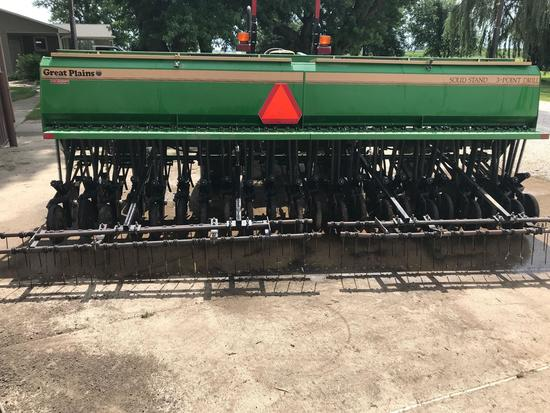 GREAT PLAINS SS-15 SOLID STAND 15' 3 POINT GRAIN DRILL