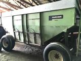 Parker 4000 Gravity wagon w/truck tires