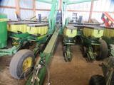 John Deere 1760 12x30 Pull Type Folding Planter