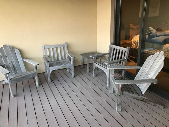 Kingsley - Bate 5 piece patio set including: (2)-wood wing back chairs, (2) straight back chairs,