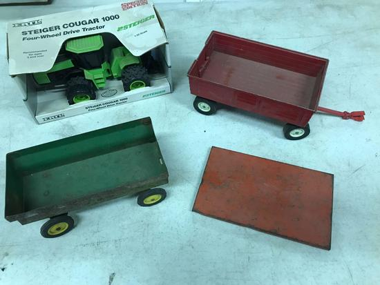 "STEIGER 1/32 ""COUGAR 1000"" TRACTOR + WAGONS"