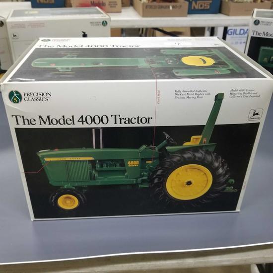 """PRECION CLASSIC JOHN DEERE MODEL """"4000"""" TRACTOR"""