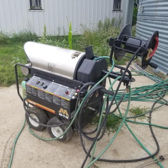 2014 MTM Portable High Pressure Washer Model HHS-3005-Z012 w/ Burner