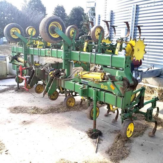 John Deere 85 Row Crop Cultivator 12x30 3 Point Mounted