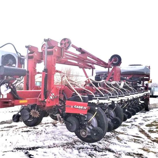 """Case IH 1250 24x30"""" Planter Front Fold Flex Frame Variable Rate Markers"""