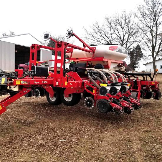 2015 Agco White 9523 Planter 12/23 Bulk Fill 1500 Acres