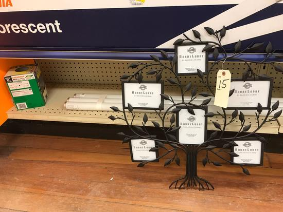 Decorative Metal Family Tree Picture Display