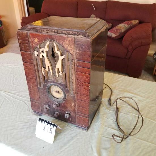 Zenith Model 807 Superheterodyne Receiver Tabletop Radio