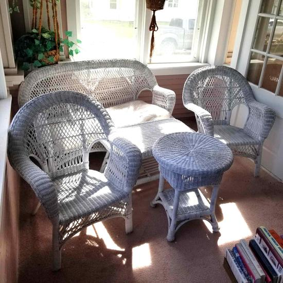 Wicker Furniture inc. Loveseat, Tables and Chairs
