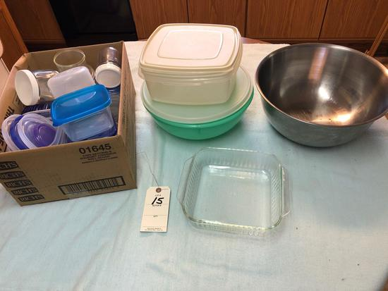 Assortment incl. Plastic Storage Containers, Stainless Mixing Bowl, and Glass Bakeware