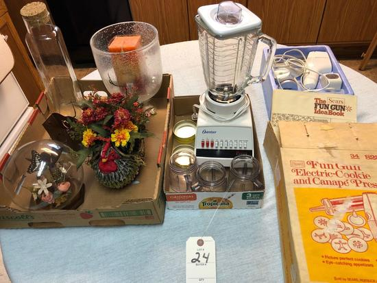 Assortment incl. Blender, Electric Cookie Press Decorater, and Centerpiece Decor