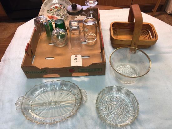 Assortment incl. Wood Napkin Basket, and Candy/Condiment Dishes