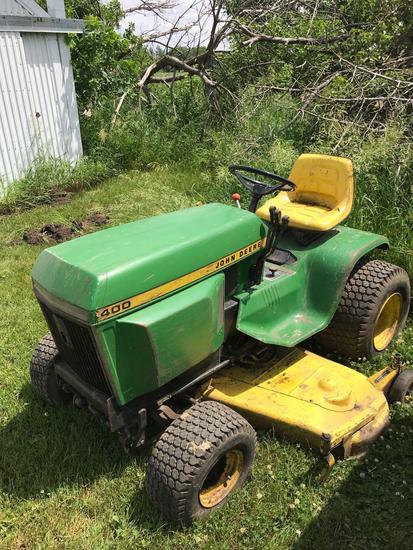 JD 400 Lawn tractor w/54? deck