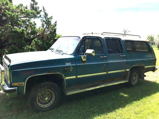 1988 Chevy Silverado 10 Suburban