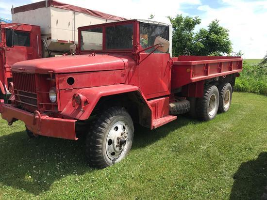 1952 REO 6x6 Military Truck w/Military flatbed