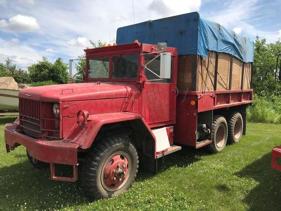 1953 2 ... ton 6x6 AWD M35 Military Truck w/12? wood box