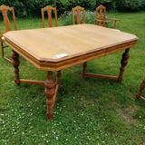 40x60 Split Pedestal Table and 8 Chair Set