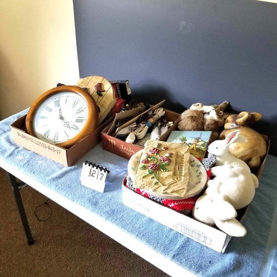 Assortment inc Clocks, Cords, and Wall Plaques