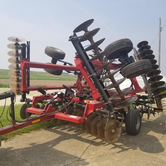 Case IH RMX 340 26' Tandem Disk with Harrow