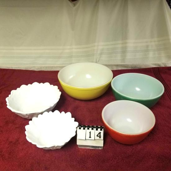Bowl Assortment incl. Glass Red, Green, ando Yellow Mixing Bowls