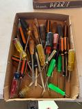 Assortment of screwdrivers. Shipping