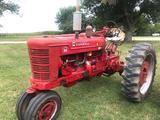 1952 IH Farmall Super M Tractor