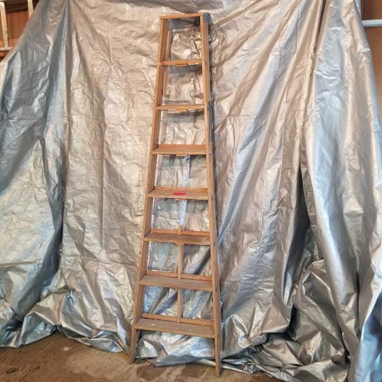 8' Wood Step Ladder