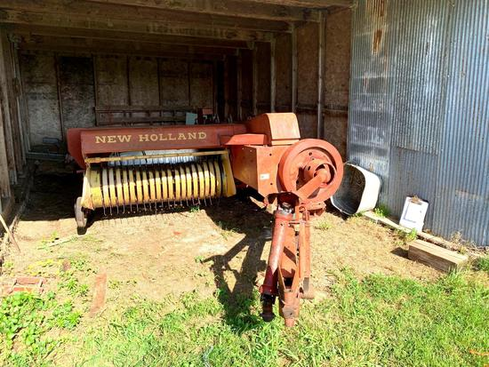 New Holland Model 269 Square Baler