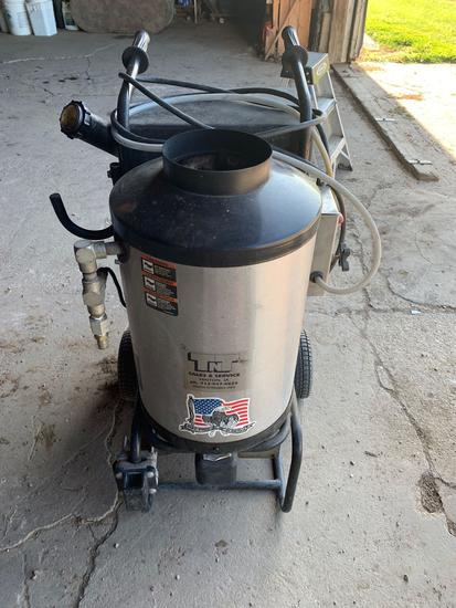 Aladdin Model 1321 Portable Hot/Cold Pressure Washer