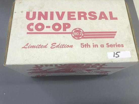 Limited Edition 1/16 Scale Universal Co-op Tractor - NIB