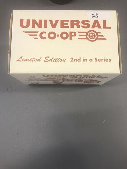 Ertl 1/16th Scale Limited Edition Universal Co-op Tractor-NIB