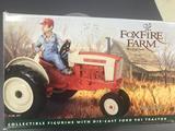 Ertl Collectibles 1/16 Foxfire Farm by Lowell Davis Ford 901 Tractor-NIB